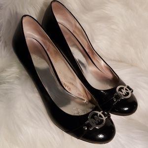 Shiny Michael Kors Leather Round Toe Dress Shoe
